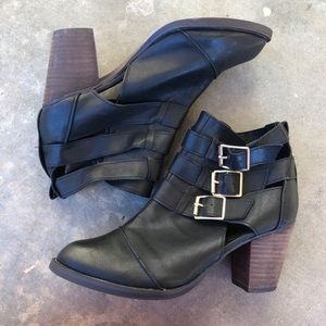 Shoes - Black Heel Ankle Boots Size 9
